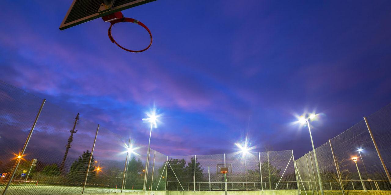 Você sabe qual é a melhor iluminação para quadras esportivas?