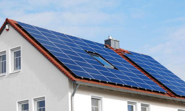 Como usar refletor de led solar? Descubra aqui!
